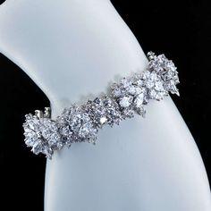TIFFANY & Co. Diamond Cluster Bracelet image 7