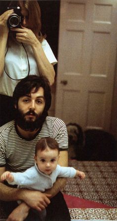 linda and paul mccartney w/ their daughter stella mccartney