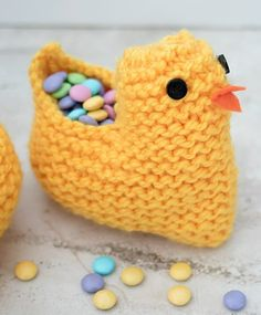 Free Knitting Pattern for Easter Chick Basket - Easy treat holder knit in one piece in garter stitch, folded and seamed. Designed by Gina Michele