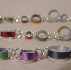Needle chain link bracelet