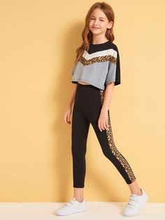 To find out about the Girls Leopard Print Chevron Top and Leggings Set at SHEIN, part of our latest Girls Two-piece Outfits ready to shop online today! Preteen Girls Fashion, Teenage Girl Outfits, Girls Fashion Clothes, Dresses Kids Girl, Cute Girl Outfits, Kids Outfits Girls, Sporty Outfits, Cute Outfits For Kids, Teen Fashion Outfits