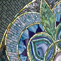 Mosaic Diy, Mosaic Crafts, Mosaic Projects, Stained Glass Projects, Mosaic Wall, Mosaic Tiles, Mosaic Artwork, Mosaic Mirrors, Backsplash Tile