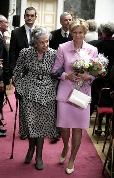 Fabiola de Bélgica reaparece en un acto público en Bruselas #brussels #belgium #queen