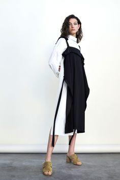 Derek Lam 10 Crosby Pre-Fall 2018 Collection Photos - Vogue