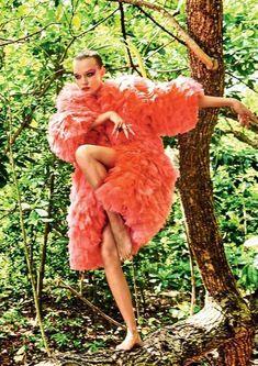 latest Vogue Brésil Mai 2017 Josephine Skriver par Giampaolo Sgura