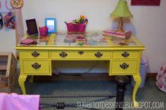 sugartotdesigns: spray painted desk
