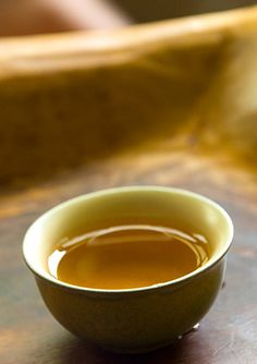 Oolong Tea Tips- This tea is suppose to help boost your metabolism. yes please!