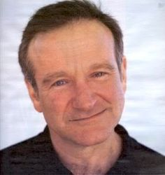 An old man that everyone loves and knew. Now we will all miss him and remember all the funny things he has done in his movies! Robin Williams Death, Robin Williams Quotes, Like A Shooting Star, All Robins, Rockin Robin, Send In The Clowns, You Make Me Laugh, People Laughing, Tom Hanks