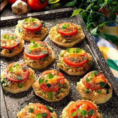 Healthy Burger Recipes, Healthy Recipes On A Budget, Healthy Sandwiches, Healthy Breakfast Recipes, Easy Healthy Meal Prep, Healthy Family Meals, Easy Homemade Burgers, Celery Recipes, Eat Smart