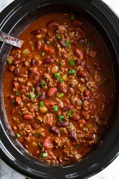 Crock Pot Chili Recipes With Beans.Slow Cooker Great Northern Beans RecipeLion Com. Slow Cooker Thick And Creamy White Chicken Chili 365 . Beef Chili Recipe, Chilli Recipes, Healthy Recipes, Soup Recipes, Best Slow Cooker Chili, Slow Cooker Soup, Slow Cooker Recipes, Chefs, Mini Pizza
