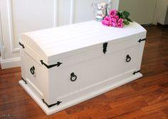 Maalaisromanttinen ruukku / Rustic chest