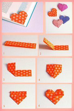 Marcador de páginas em formato de coração