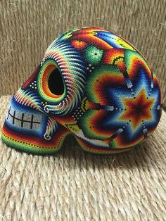 Day Of The Dead Skull Tattoo, Caveira Mexicana Tattoo, Crochet Skull, Day Of The Dead Art, Skull Painting, Candy Skulls, Sugar Skull Art, Skull Decor, Beaded Skull