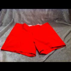 ♦️Final Sale♦️ Banana Republic Shorts Beautiful Coral shorts in great condition. Banana Republic Other