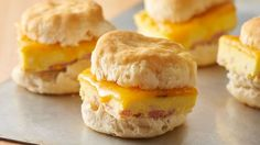 Ham and Cheddar Breakfast Sandwiches Breakfast for a crowd has never been easier! The trick to these ingenious breakfast sandwiches is baking the eggs and ham together in your dish. Top with cheese, and serve with Pillsbury™ Buttermilk biscuits. Breakfast For A Crowd, Breakfast Bake, Breakfast Dishes, Breakfast Casserole, Breakfast Ideas, Brunch Dishes, Breakfast Sandwich Recipes, Brunch Recipes, Brunch Ideas