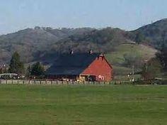 Barn outside of Roseburg, Oregon