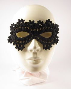 """Fekete Tüske"" álarc1 - crochet mask"