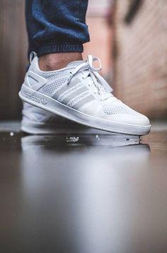 "Adidas Originals Primeknit Palace Pro ""Triple White"""