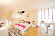 Стильная розовая спальня