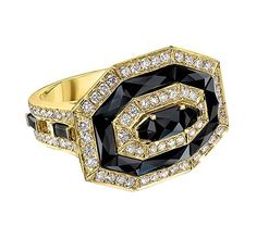 Ivanka Trump ring in 18k yellow gold with black onyx and diamonds