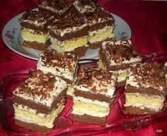 Érdekel a receptje? Kattints a képre! Hungarian Desserts, Hungarian Recipes, Hungarian Food, Romanian Food, Sweet Cookies, Homemade Cakes, Something Sweet, Food And Drink, Cooking Recipes