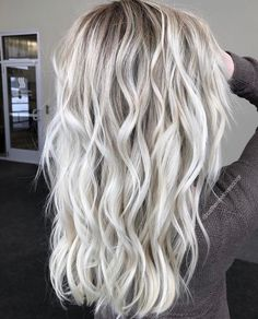 Gray Wigs Lace Frontal Wigs indigo powder for grey hair – roywigs Blonde Hair Looks, Grey Wig, Platinum Blonde Hair, Icy Blonde, Platinum Grey, Hair Color And Cut, Hair Colour, Silky Hair, Balayage Hair