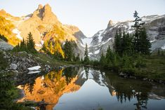 Sunset in the Alpine Lakes Wilderness of Washington  (3200x2136) #nature and Science
