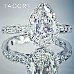 Gorgeous gorgeous Tacori pear shaped diamond ring. A variation of the Dantela.