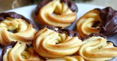 Blog a szenvedélyeimről: sütés, főzés, ötvösmunkák, állatok, fotózás. Hungarian Desserts, Onion Rings, Cookie Jars, Doughnut, Deserts, Food And Drink, Snacks, Cookies, Baking
