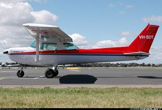 Cessna 152 aircraft picture