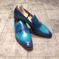Stylish Handmade Blue Patina loafers for Men, Custom Made Slip on Shoes For Men - Dress/Formal Der Gentleman, Gentleman Shoes, Hot Shoes, Men's Shoes, Shoe Boots, Shoes Men, Prada Shoes, Blue Dress Shoes, Dress Boots