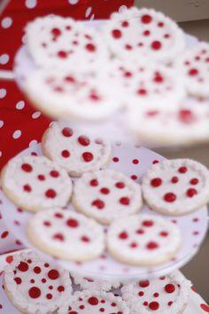 Polka dot cupcakes too
