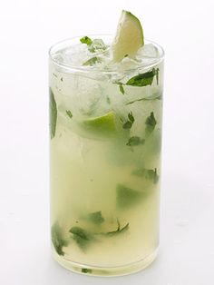 Low-Calorie Cocktails:  Mojito Makeover - 140 calories