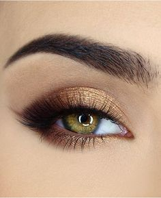 Too Faced Natural Eyes Neutral Eye Shadow Palette - Make Up Gold Eye Makeup, Makeup For Green Eyes, Natural Eye Makeup, Eye Makeup Tips, Smokey Eye Makeup, Eyeshadow Makeup, Eyeshadow Palette, Makeup Ideas, Gold Makeup Looks