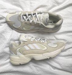 pretty nice 1f99c c4089 Instagram post by The Basement • Jan 23, 2018 at 1 49pm UTC. Vita Sneakers,  Skor ...
