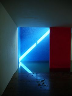 Luis Barragan, reflection (light), irregularity and pattern, colour heat cold (contrast), uses water = interesting