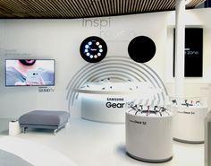 Samsung store by Umdasch Shopfitting, Paris – France » Retail Design Blog