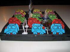 De parkeerplaats met autootjes van doosjes rozijnen Hip Hip, Children, Kids, Treats, Sweet Like Candy, Goodies, Baby Boys, Snacks, Child