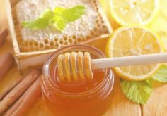 What Are the Benefits of Mixing Raw Honey