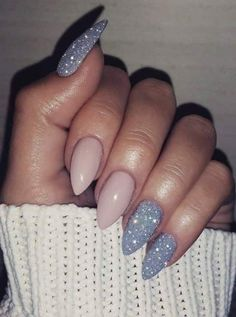 Do this style but change the sparkles and just do that lavender color for that nail and keep that pink. Love this style❤