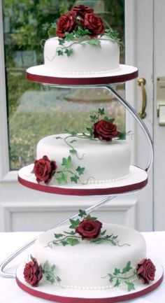 & 3 tier cake For tiered cheesecake 3 Tier Wedding Cakes, Wedding Cake Red, Wedding Cake Stands, Elegant Wedding Cakes, Beautiful Wedding Cakes, Wedding Cake Designs, Beautiful Cakes, Amazing Cakes, Elegant Cakes