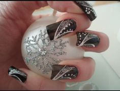 Awesome Glitter Nail Art #Fashion #Musely #Tip
