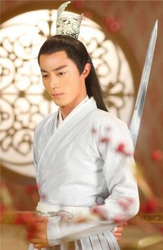 // Currently [12.6.15] watching  wallace huo in journey of The Flower