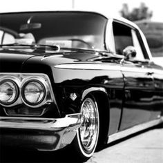 '62 Chevy low rider. Love all the chrome on the 60 chevys.
