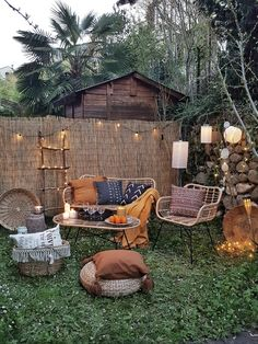 How to Build An Igloo In Your Backyard Fire Pit Backyard, Chickens Backyard, Garden Igloo, Igloo Building, Home Depot Carpet, Outdoor Furniture Sets, Outdoor Decor, Furniture Ideas, Carpet Installation
