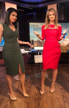 Jillian Mele Good Woman, Fox News Anchors, Female News Anchors, Beautiful Legs, Most Beautiful Women, Amazing Women, Fox New Girl, Hottest Weather Girls, Short Dresses