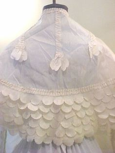 ca. 1830s http://www.quite-contrary.org/images/ext_clothing/pelerine3.jpg