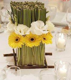 centros de flores con girasoles par bodas - Google Search