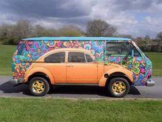 Beetle Painted On Volkswagen: Pictures Of Gorgeous VW Bus Art Paintings - Van life - Cars Volkswagen Bus, Vw T1, Vw Camper, Volkswagen Beetles, Kombi Trailer, Combi Wv, Vw T3 Syncro, Vw Vintage, Funny Vintage