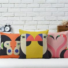 New Creative Animal Kiss Printed Cushion Cover Toucans Monkey Pink Flamingo Decor Sofa Seat Throw Pillow Case Almofadas Cojines. Subcategory: Home Textile. Printed Cushions, Decorative Cushions, Printed Linen, Printed Cotton, Flamingo Decor, Flamingo Bird, Bird Pillow, Linen Pillows, Decor Pillows